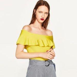 Zara Off The Shoulder Ruffled Crop Top in Yellow S